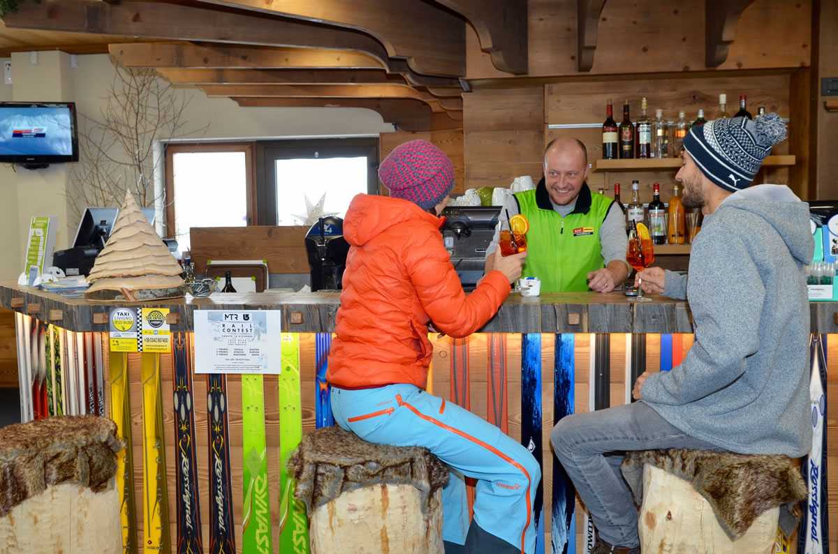 ski-bar-livigno-david-rental-2