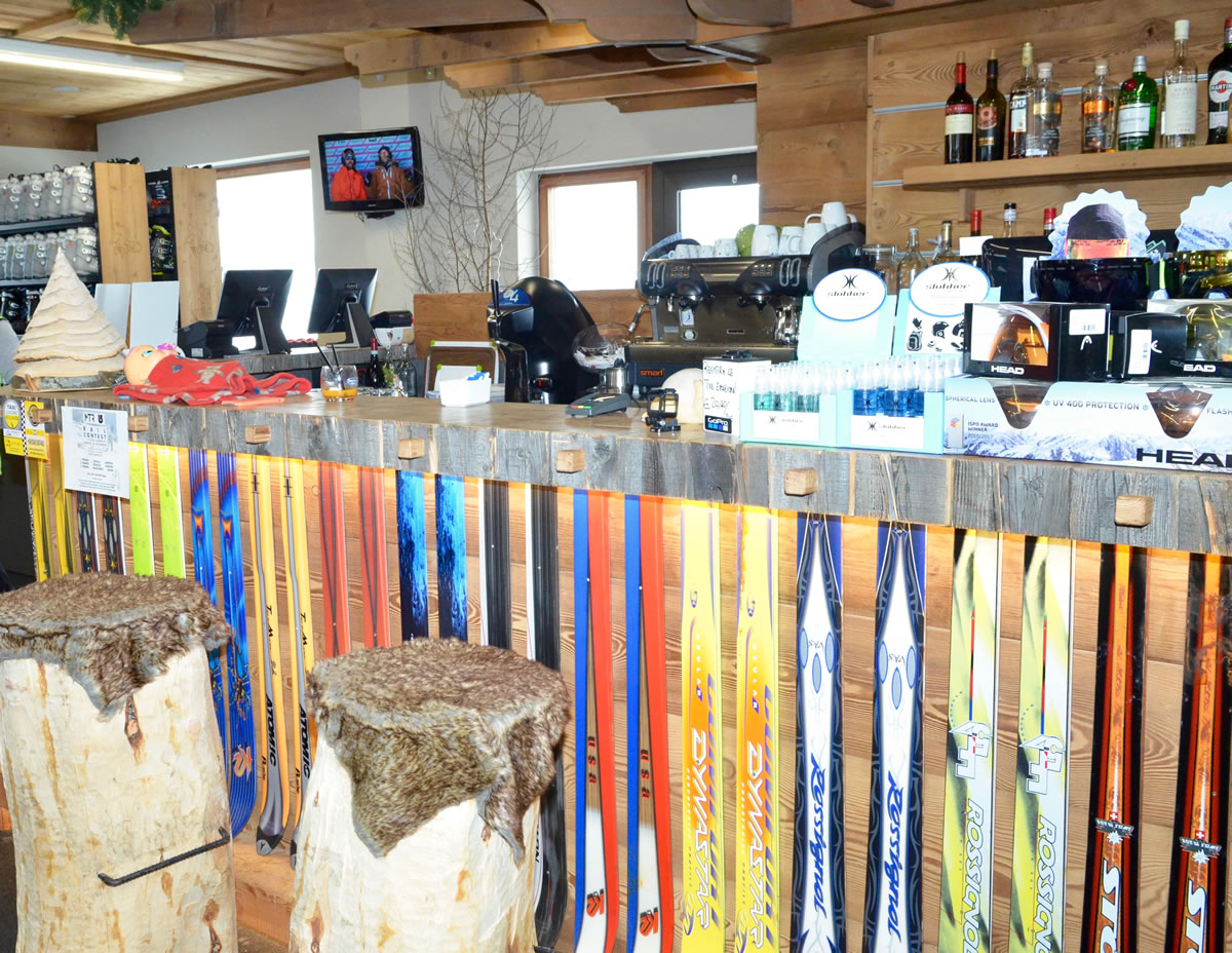 ski-bar-livigno-david-rental-3